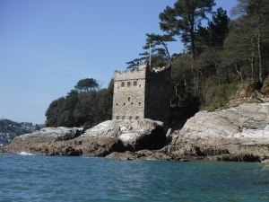 kingswear castle sea kayaking holidays