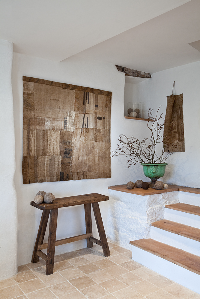 Weaving courses susie gillespie for What to hang on dining room walls